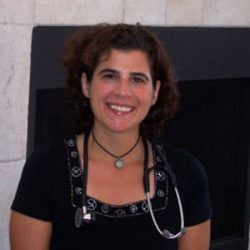 Dr Ariel Policano